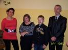 Paulinka z rodzicami i bratem